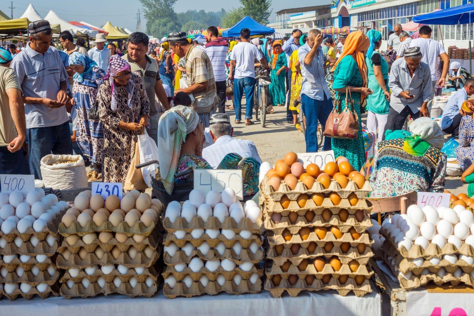 Mercado em Fergana
